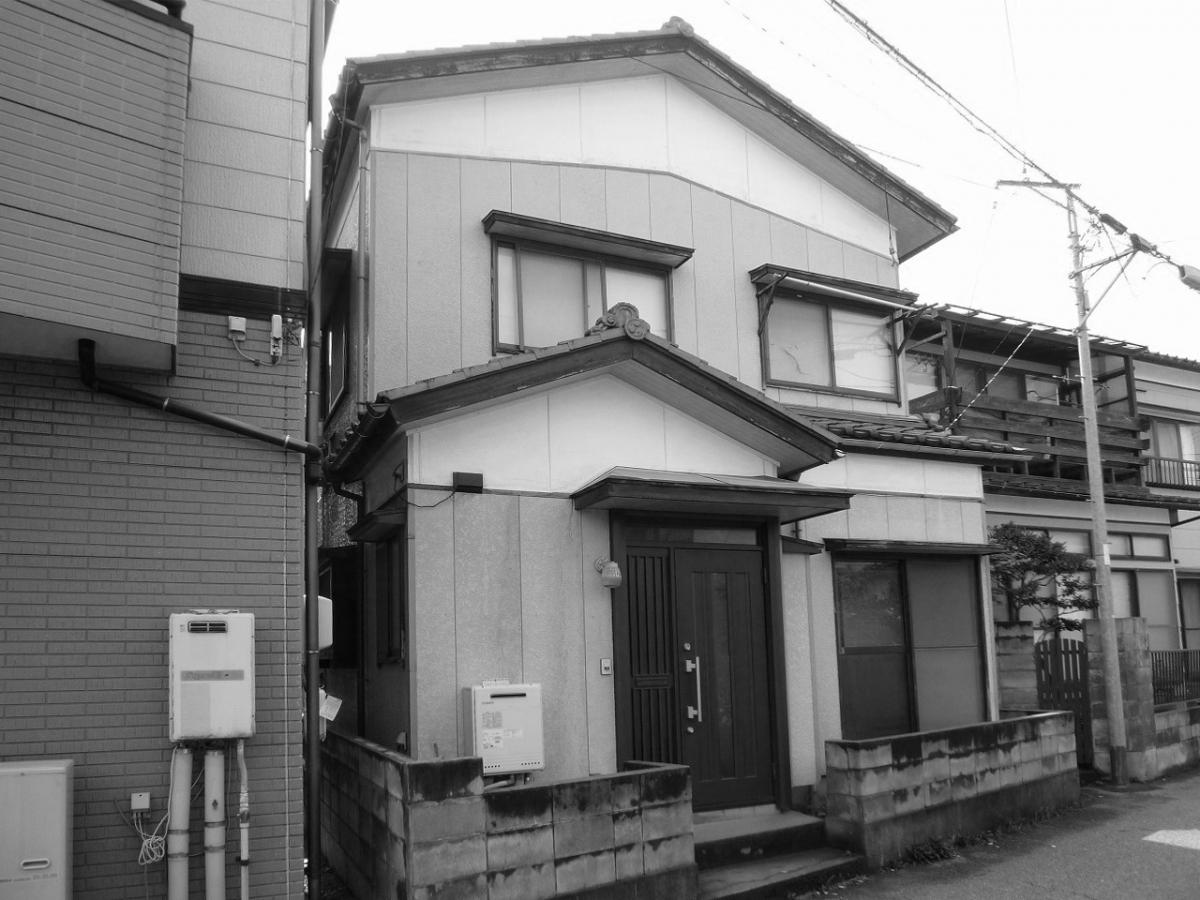 外観【玄関側】